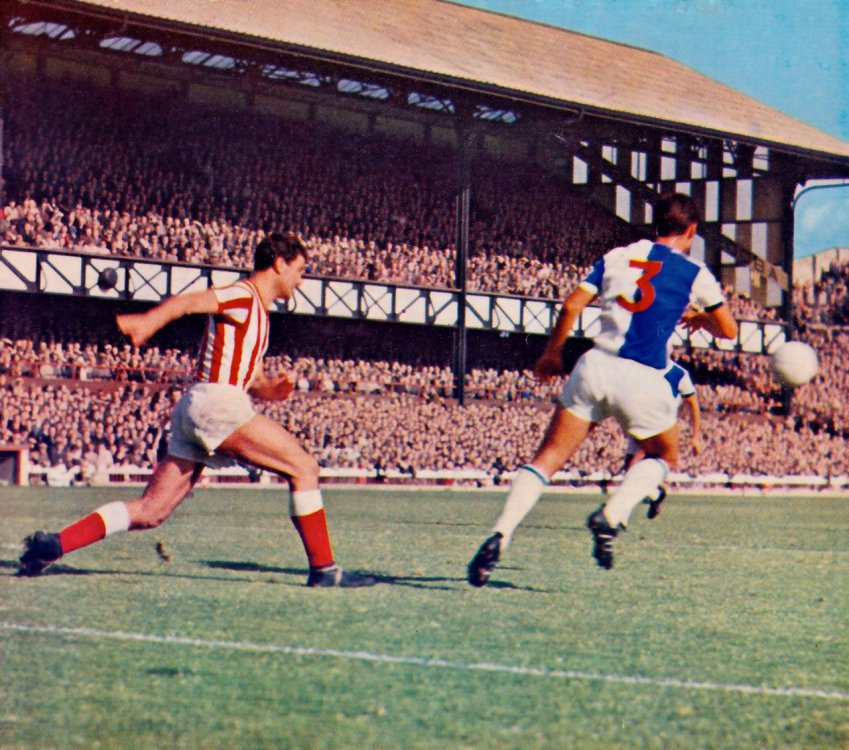 sunderland-v-blackburn-rovers-1965.jpg